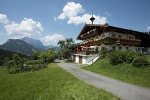 kirchdorf-in-tirol-stockerhof-sommeransicht