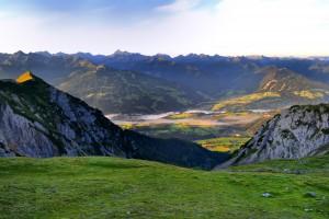 Blick in das Tal von der Hütte