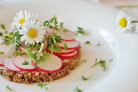 Veganes Essen, Radieschenbrot, pixabay